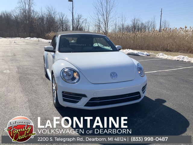 Pre-Owned 2019 Volkswagen Beetle Convertible 2.0T SE